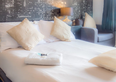 comfy-kingsize-bed-at-tlc-bed-and-breakfast-exmouth