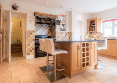 kitchen-at-tlc-bed-and-breakfast-exmouth