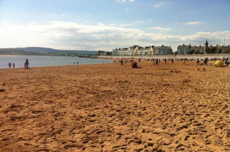 exmouths sandy beach