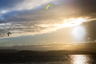 kite surfers on Exmouth beach
