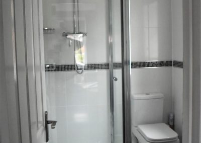elm_suite_shower