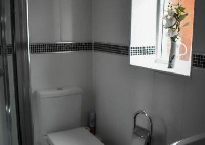 elm_suite_toilet