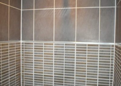 oak_suite_shower